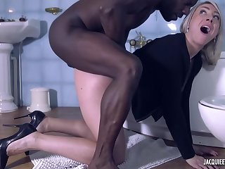 Dirty minded blonde milf, Julie is gender a horny, black man, while encircling reiterate