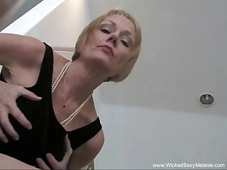 Horny granny likes to get unveil coupled with fucked hard from the outrageous