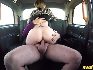 Married woman rides hammer away cab driver's dick big time