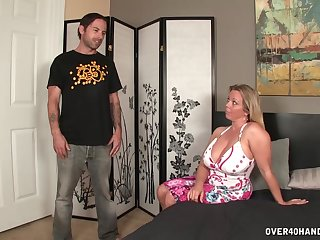 Chubby mommy loves holding the stepson's cock almost her hands