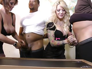 Sexy chick Helly Mae Hellfire likes devise sex at bottom anything else