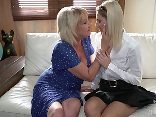 Svelte Hungarian tolerant Sarah Cute desires to lick mature pussy well