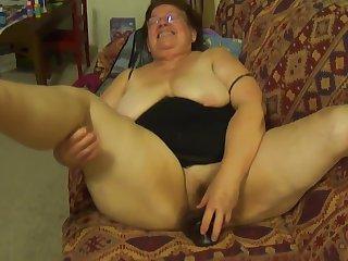 Granny Mexicana Mamando Verga.720p
