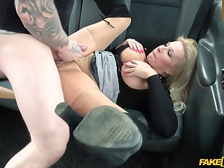 The man matured woman enjoys sex on the back seat of her taxi