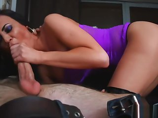 Babe all over thigh high boots gets pussy plowed